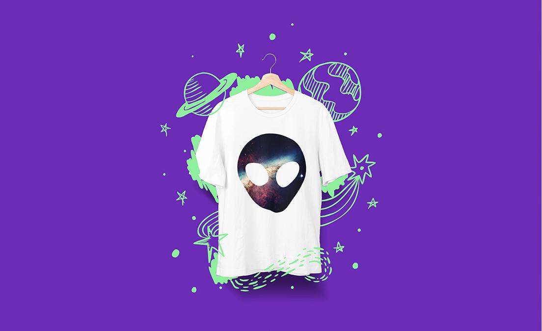 Koszulka z nadrukiem z okazji Dnia UFO
