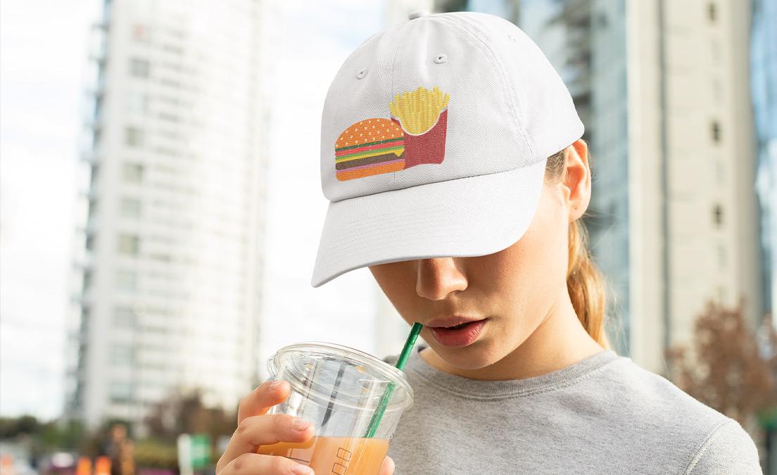 Nadruk z zestawem na czapce na dzień frytek
