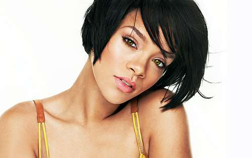 Rihanna. Koszulki oraz gadżety z nadrukiem.